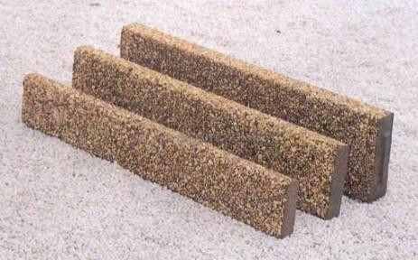 Manufatti in cemento pmc prefabbricati e arredo giardino - Cordoli in legno per giardino ...