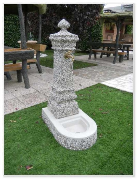 Fontane arredo urbano pmc prefabbricati e arredo giardino for Fontane da arredo