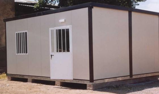 Monoblocco pmc prefabbricati e arredo giardino for Container ufficio usati