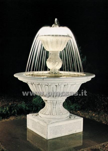 Fontana giardino pmc prefabbricati e arredo giardino for Pompe per fontane da giardino